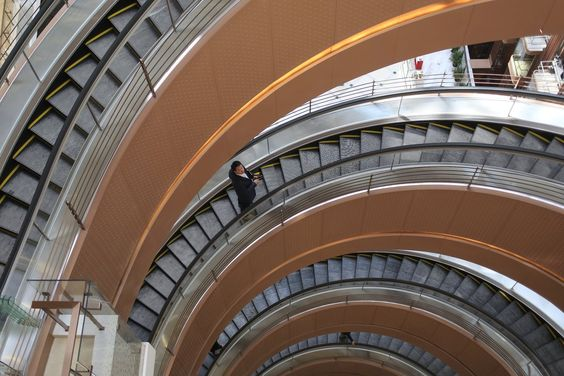 SEE IT: Chinese shopping mall reveals world's largest spiral escalator - New York Daily News