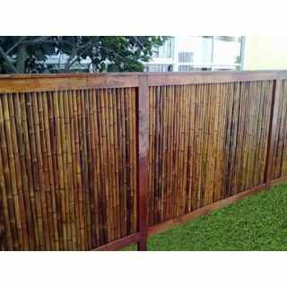 Resultado de imagen para reja de madera patio patio for Barda de madera para jardin