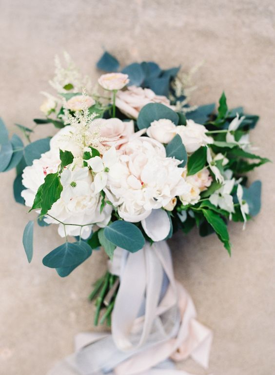 Just so stunning: http://www.stylemepretty.com/2015/08/26/elegant-whimsical-crane-estate-wedding/ | Photography: O'Malley Photographers - http://omalleyphotographers.com/