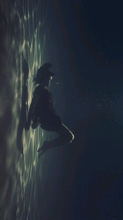 Sometimes I think I'll die drowning....I can't ever pass up pinning these underwater shots.....