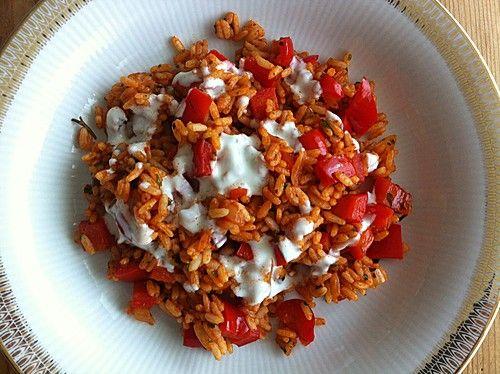 Paprika - Reispfanne mit Joghurtsauce, ein beliebtes Rezept aus der Kategorie Gemüse. Bewertungen: 247. Durchschnitt: Ø 4,5.