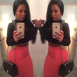 Danna Bruna Official® (@dannitabruna) - Instaliga is the best instagram web-viewer