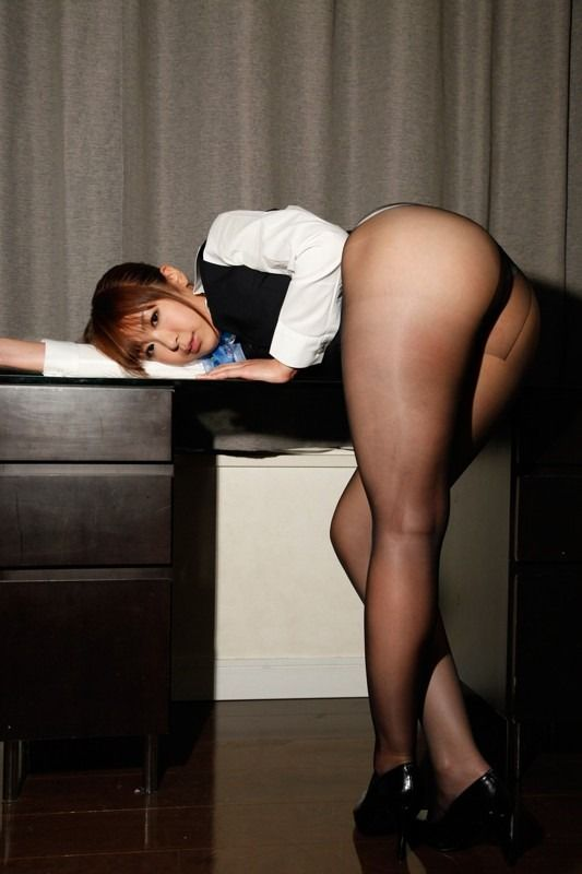 Asian Pantyhose Fetish Brought