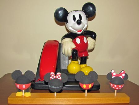 DIY Display for Disney Antenna Toppers