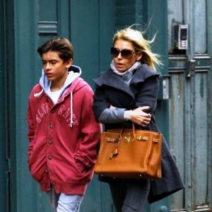 birkin bag knockoff - celebrities birkin bags Kelly Ripa and son Michael Consuelos ...