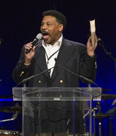 "Tony Evans: Gay Marriage Is Not a Civil Rights Issue - Urban FaithUrban Faith. When President Obama announced that he now supports same-sex marriage, he cited his Christian faith as the reason for his ""evolving"" views. Yet for many other Christians, their commitment to Jesus Christ and an orthodox view of the Bible is the reason why they reject homosexuality as a valid lifestyle."