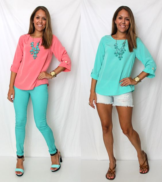 Coral Tunic + Turquoise Statement Necklace + Turquoise Skinny Jeans - Heels