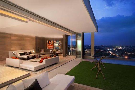 Penthouse mit dachterrasse kamin feuerstelle outdoor küche
