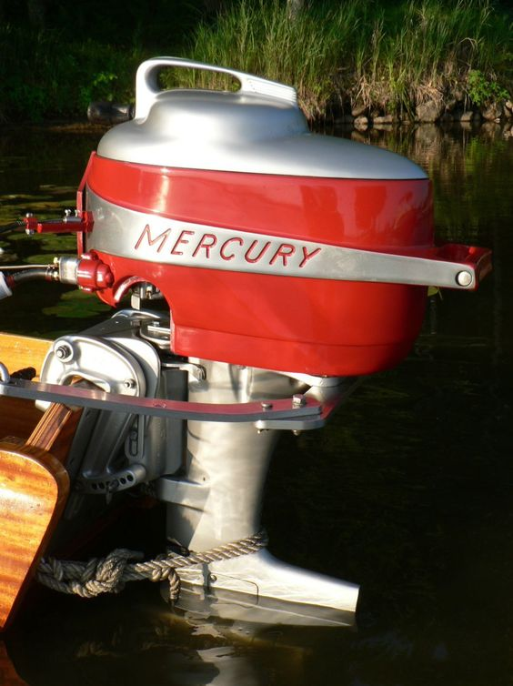 Vintage Mercury Outboard Mark 20 with short lower unit for use on hydro.