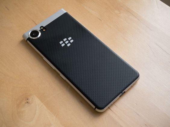 Test du BlackBerry KEYone : enfin un smartphone sortant du lot ! - FrAndroid