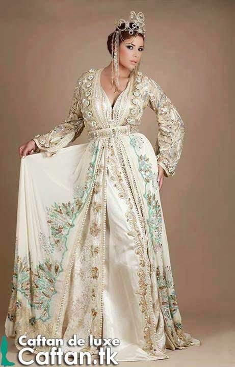Un caftan marocain indescriptible fait par des mati res for Plus la taille robes de mariage washington dc