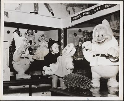 1944 Christmas Shopping at Macy's