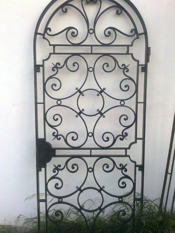 Puerta en hierro forjado para patio forja en miniatura - Puertas de hierro para jardin ...