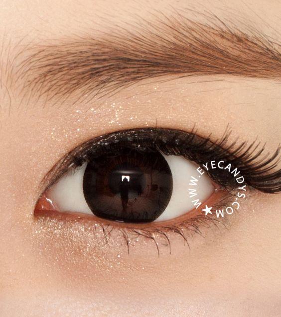 Where can Black eye contact lenses