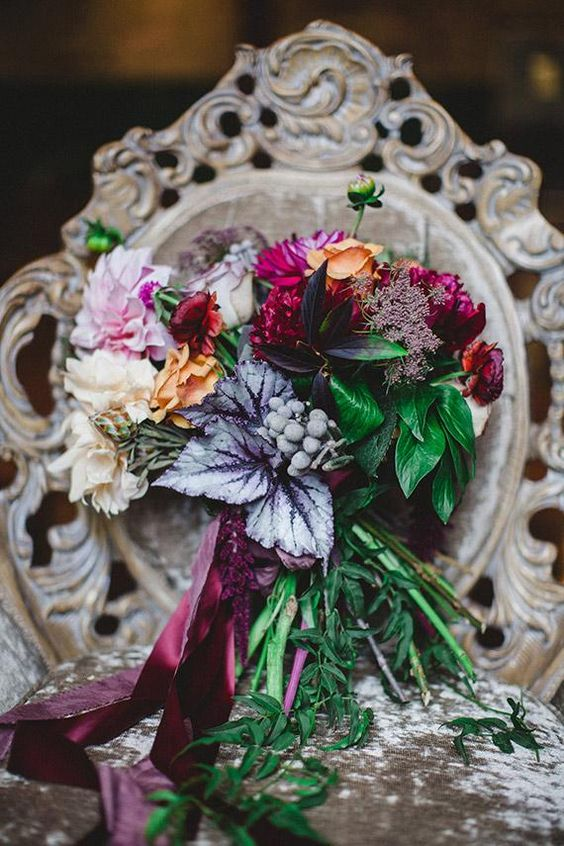Such a unique, yet beautiful bouquet. Perfect for a fall dark colored wedding.