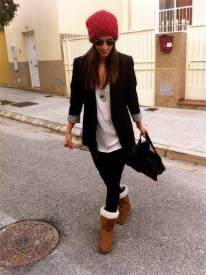 nataliachamps Outfit lana blazer urbano camiseta blanca gorro comfy maxi bolso botines australianos Otoño 2012.