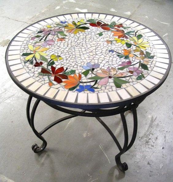 Motif floral table de mosa que vitrail custom incrust - Como pintar mosaicos ...
