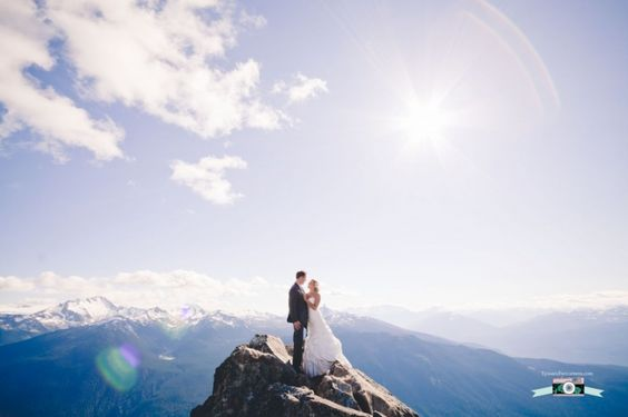 I don't usually post wedding pics, but how amazing is this?   Whistler wedding mountain top www.lyssandhercamera.com: