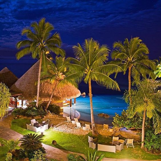 Tahiti by night ✨✨ Picture by ✨✨@Alqubaisi_Net✨✨