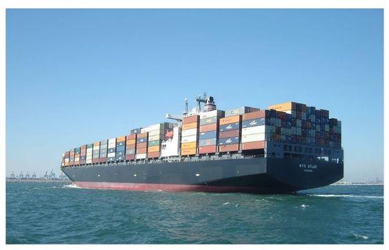 Bildquelle: Pngcm03/ https://pixabay.com/de/containerschiff-frachtschiff-fracht-560789/   Seit der Erweiterung des Panamakanals im Jahr 2016 können auch größere Containerschiffe den Kanal passieren. Lesen Sie mehr dazu auf der Webseite unten.