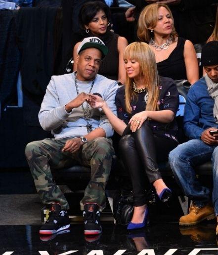 Beyoncé y Jay Z en el juego de los NETS