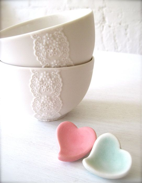 lace bowls. <3