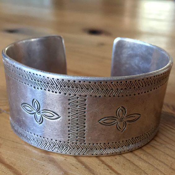 """Smooth and deliciously weighty and wide, this vintage 1920's hand stamped Sterling silver cuff bracelet is a timeless piece of jewelry that can be worn with anything...80 grams! Yum. :) Inner circumference of 7"""" 🌿 sugardrawers.etsy.com"""