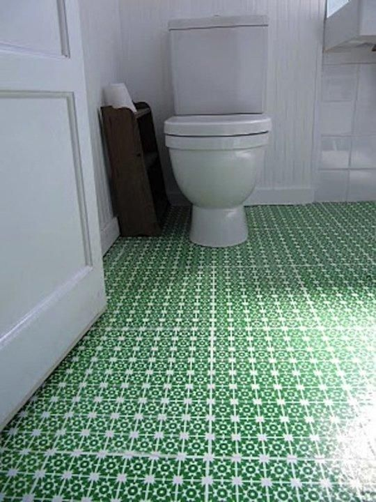 25 Small Bathroom Ideas You Can DIY .. this photo has a stenciled linoleum tile floor, and it surely is gorgeous!