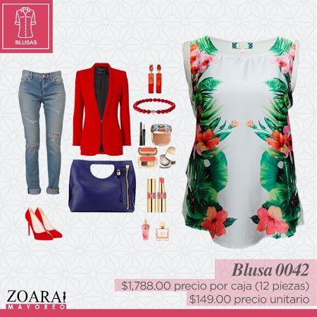 Blusa floreada, disponible en todas las tallas. #Outfitoftheday #moda #style #tshirt #floralprint #Zoara #moda