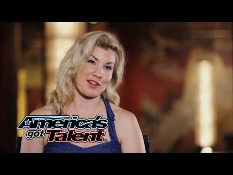 Emily West: Sultry Songstress Performs \