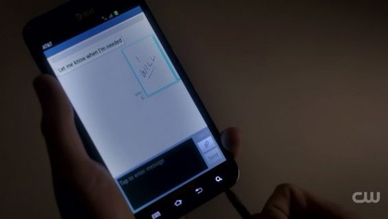 Screen Grabs: Vampire Diaries uses Galaxy Note to scratch out sinister signals