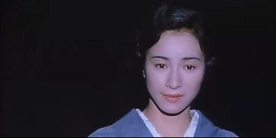 着物姿の原田美枝子