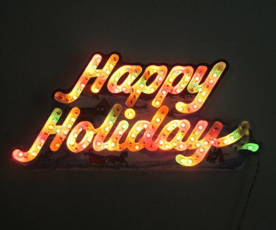Frohe Feiertage tanzen leichte Zeichen
