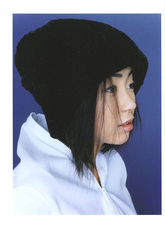 黒色ニット帽の宇多田ヒカル