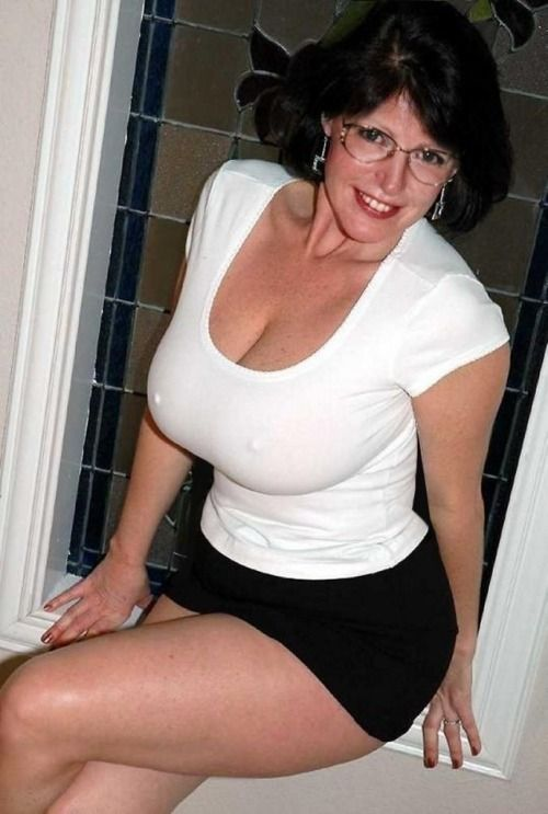 Busty Milfs And Matures Facial 119