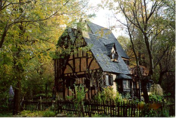 Storybook style tudor cottage i like pinterest for Tiny english cottage house plans