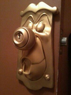 ALICE-IN-WONDERLAND-DOORKNOB-INSERT-TURN-YOUR-DOORKNOB-INTO-A-WORKING-MOVIE-PROP