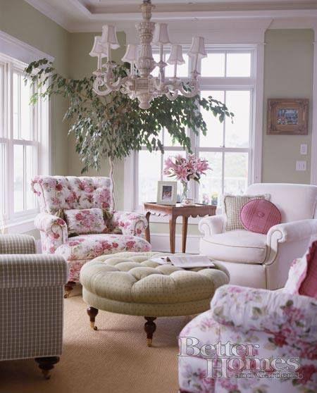 Descansar en los sillones reconfortables en ... Rosa