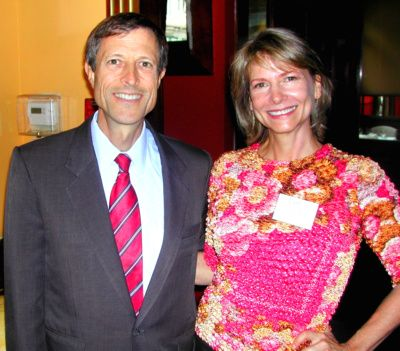 Lani Muelrath with Dr. Neal Barnard in San Francisco http://www.lanimuelrath.com/travel-entertainment/how-to-get-motivated-by-the-greats-an-evening-with-dr-neal-barnard/#nealbarnard_lani_400