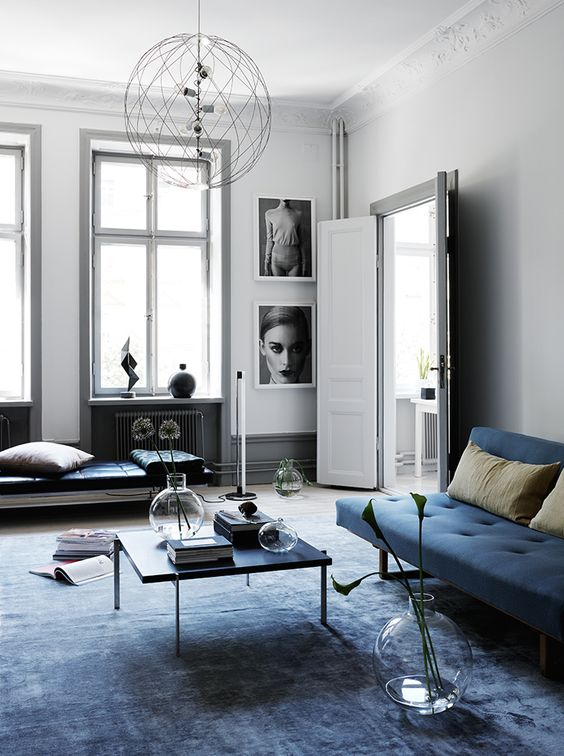 A dreamy black & blue apartment- minimalist european living room!