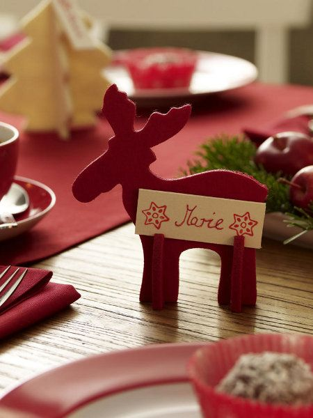 Diy table decorations red deer wood small name plate