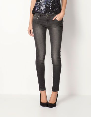 Bershka Italia - Jeans Bershka di taglio aderente
