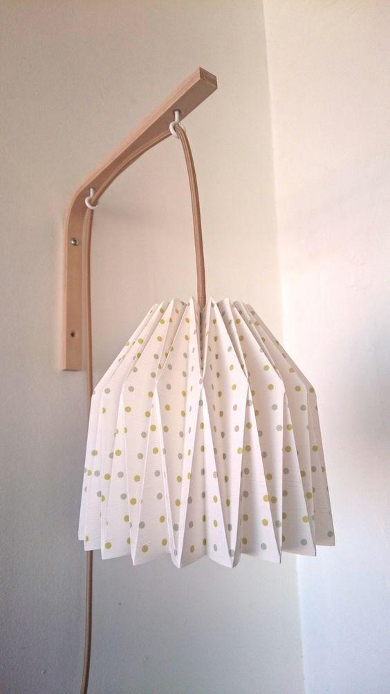 lampe poser abat jour opaque et pied chrom origami. Black Bedroom Furniture Sets. Home Design Ideas