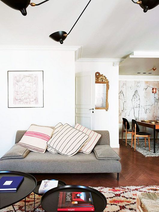 a perfectly eclectic paris apartment.