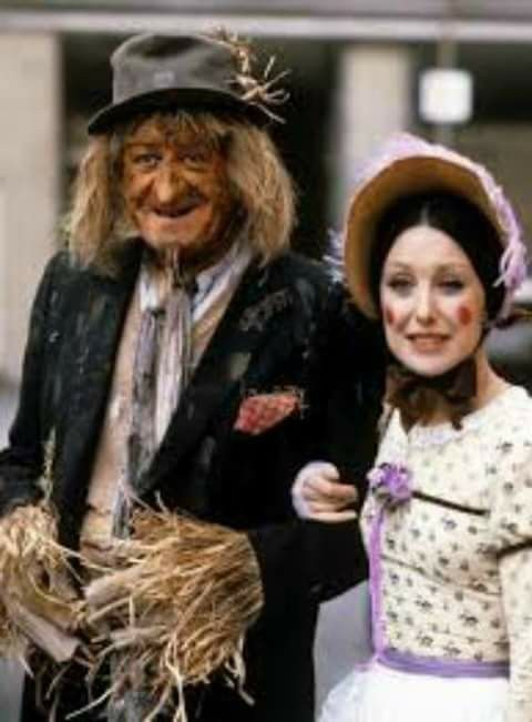 Worzel Gummidge and Aunt Sally.