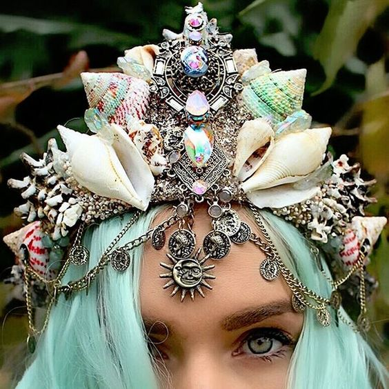 These+Stunning+Mermaid+Crowns+Are+Magical+AF: