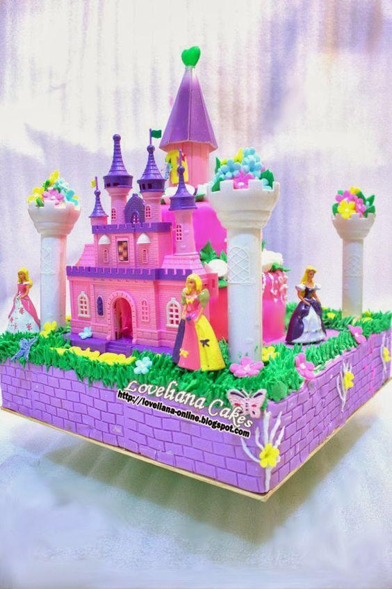 Castle and Princess Cake by http://loveliana-online.blogspot.com/
