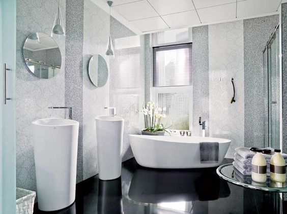 Nacare blanco porcelanosa tile bathroom ideas for Porcelanosa faucets