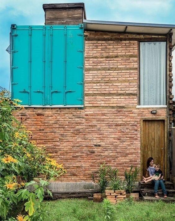 A construção de uma casa não deve ser sinônimo de altos…