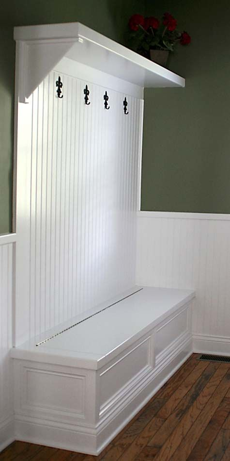 Mudroom Bench With Storage Plans | Small Entryway Ideas | Qawoo | Home  Entry Landing | Pinterest | Small Entryways, Mudroom And Bench